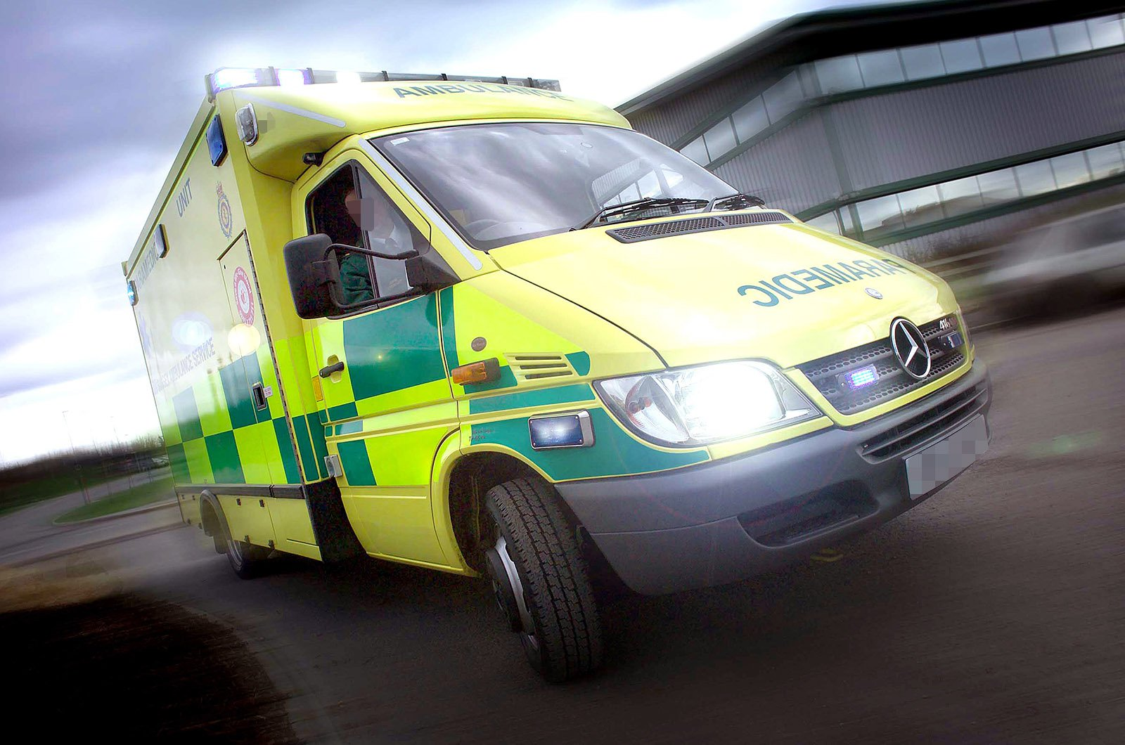 How do you become a paramedic driver? How do you cope with the stress? What annoys you about other car drivers? (Mercedes-Benz)