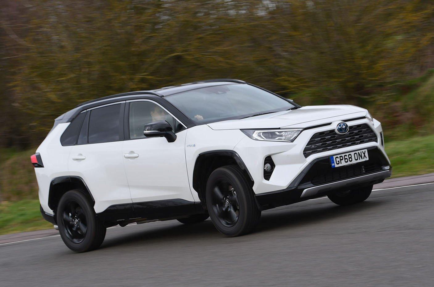 2019 Toyota RAV4 front
