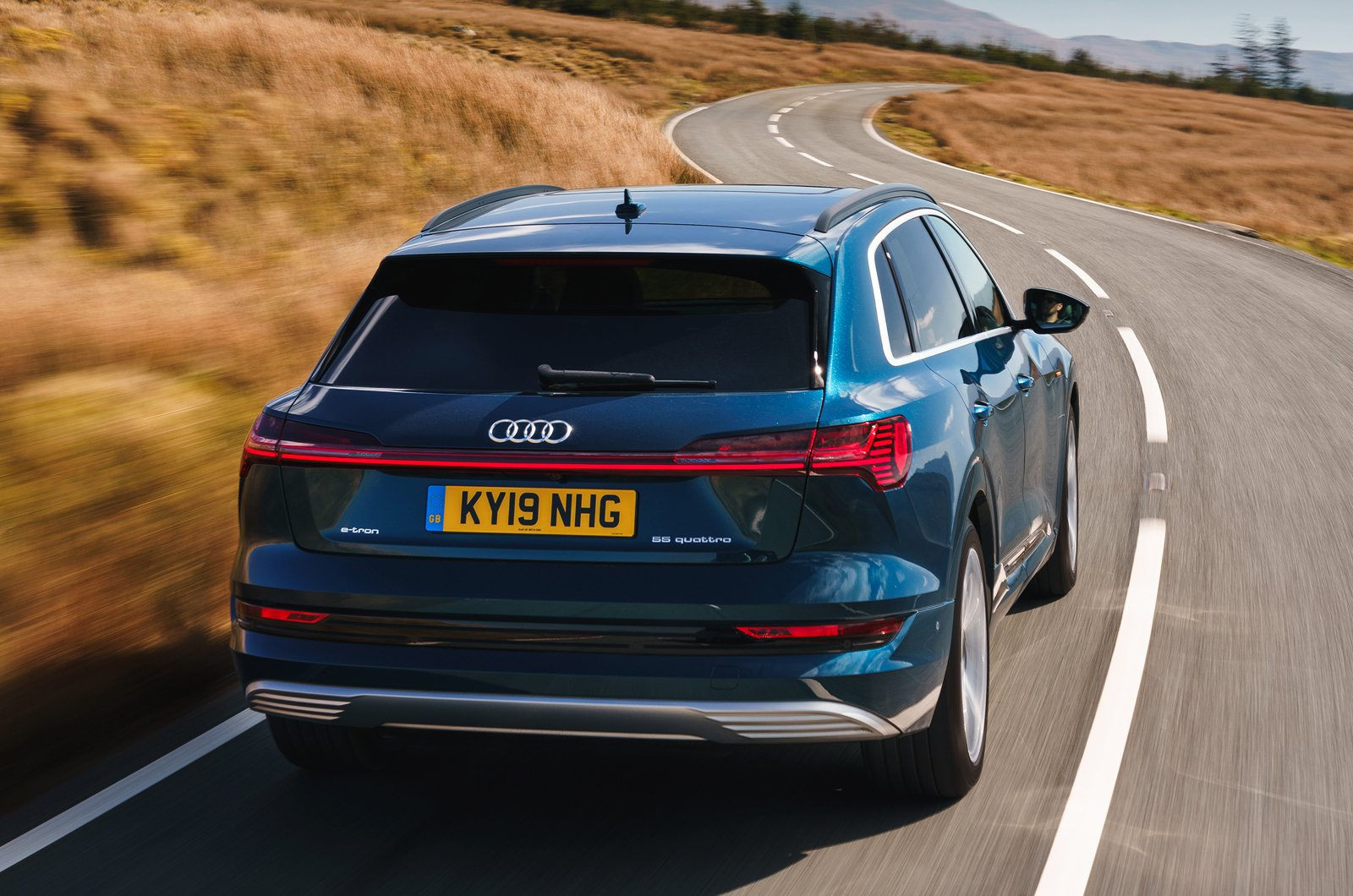 Audi E-tron 2019 UK rear tracking