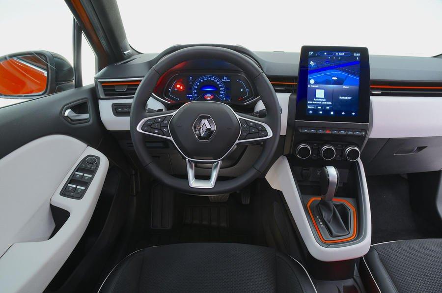 2019 Renault Clio interior studio