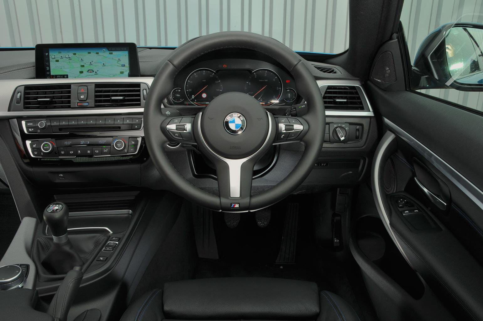 5: BMW 4 Series 420d - interior