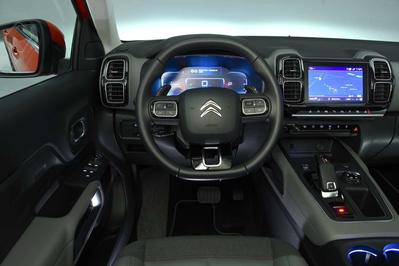 Citroen C5 Aircross interior
