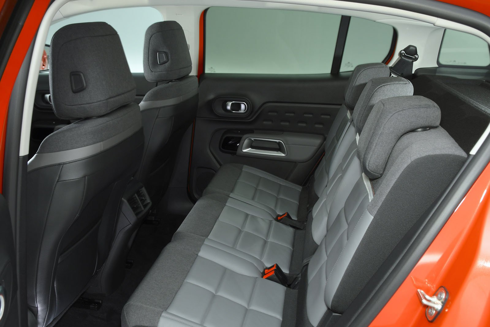 Citroen C5 Aircross rear seat