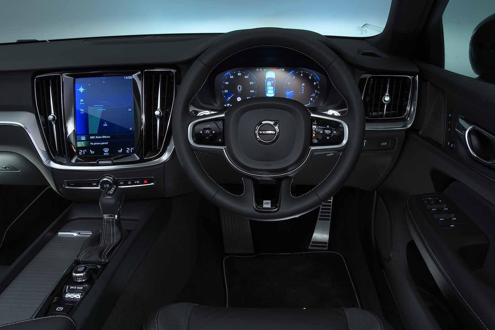 Volvo S60 2019 RHD dashboard