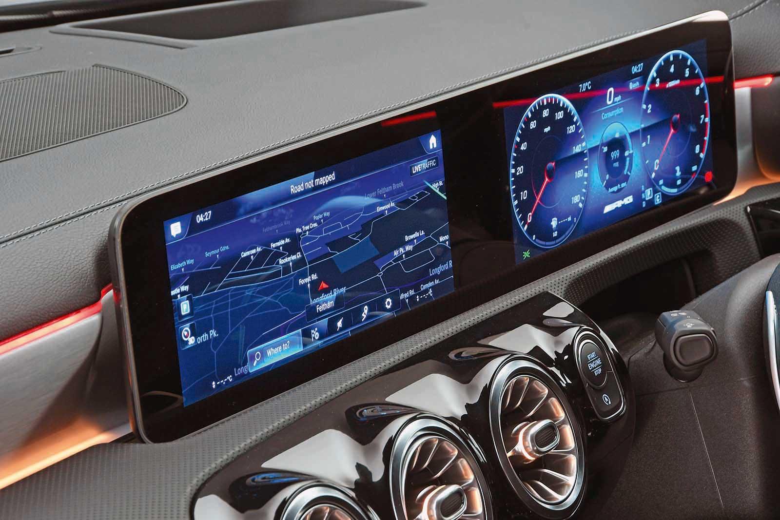 Mercedes-AMG A35 infotainment
