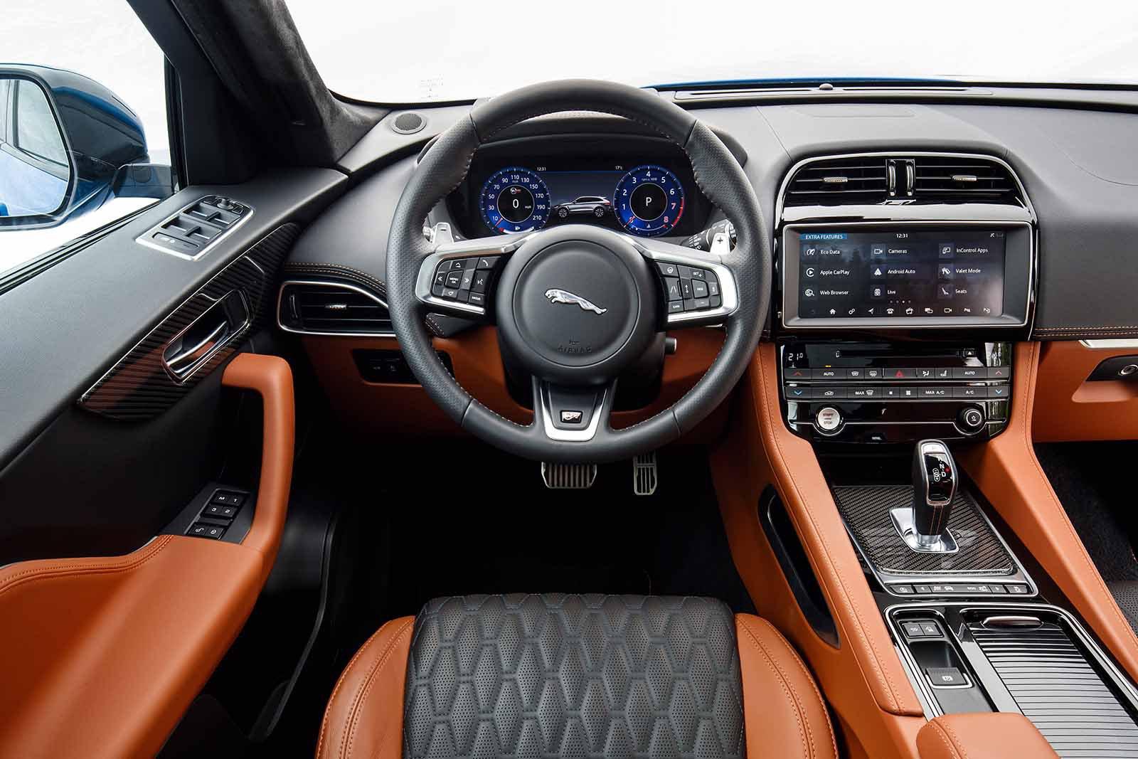 Jaguar F-Pace SVR 2019 launch LHD dashboard