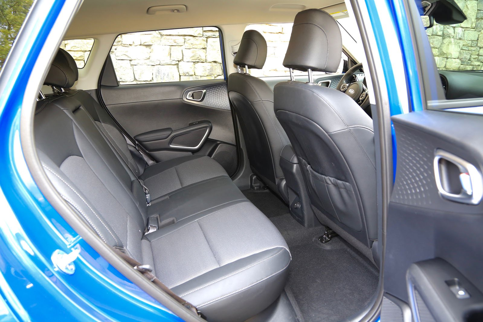 Kia Soul EV 2019 LHD rear seats
