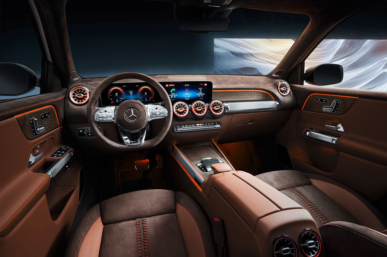 Mercedes GLB interior