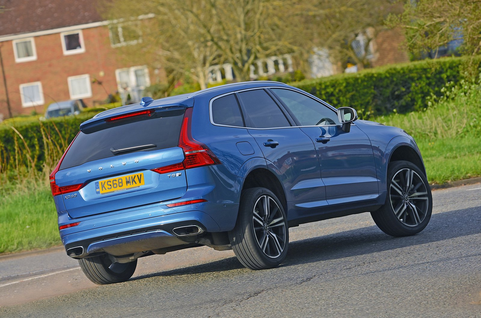 Volvo XC60 T8 rear - 68 plate