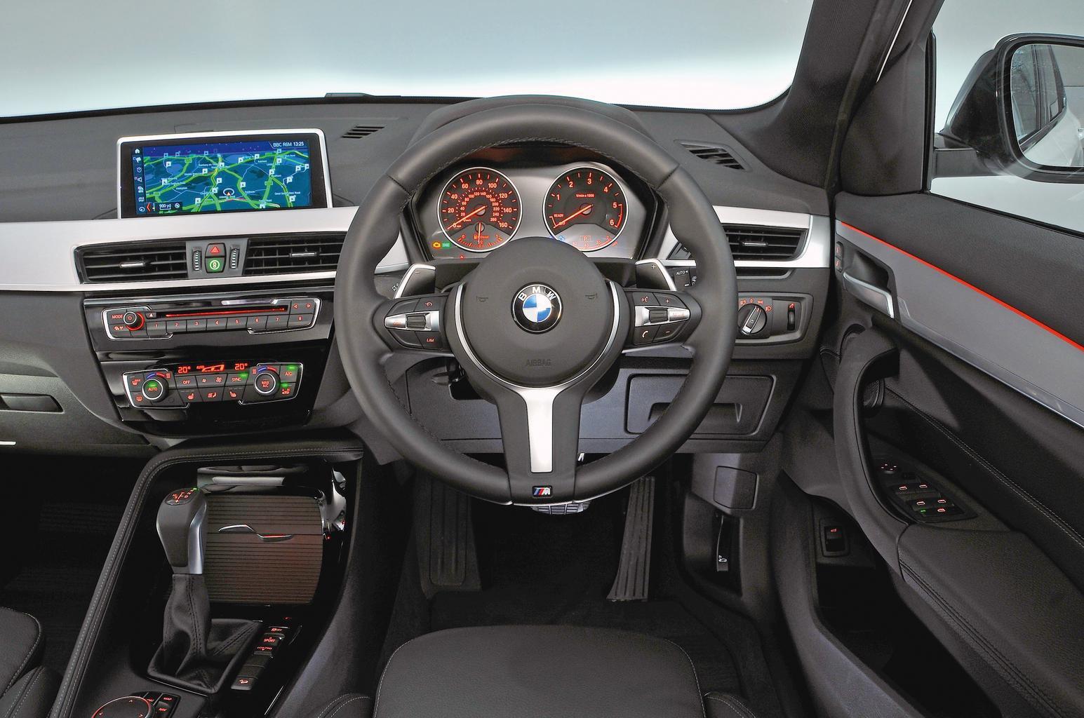 6: BMW X1 - interior