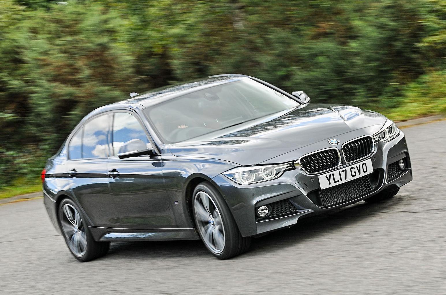 2: BMW 330e