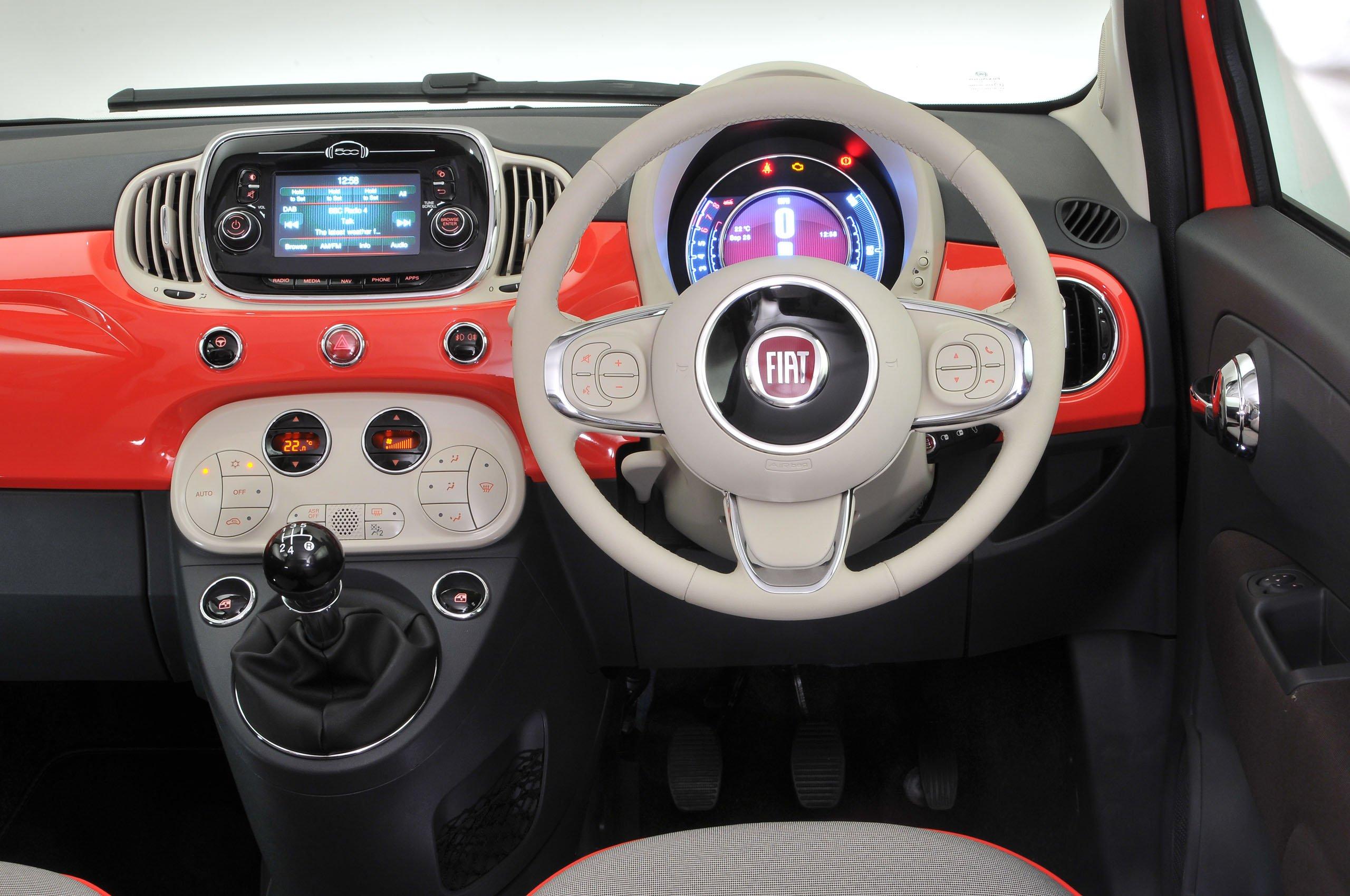 Fiat 500 1.2 Pop Dualogic 3dr - interior