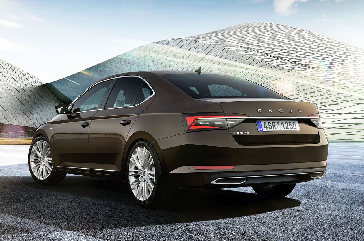 2020 Skoda Superb rear