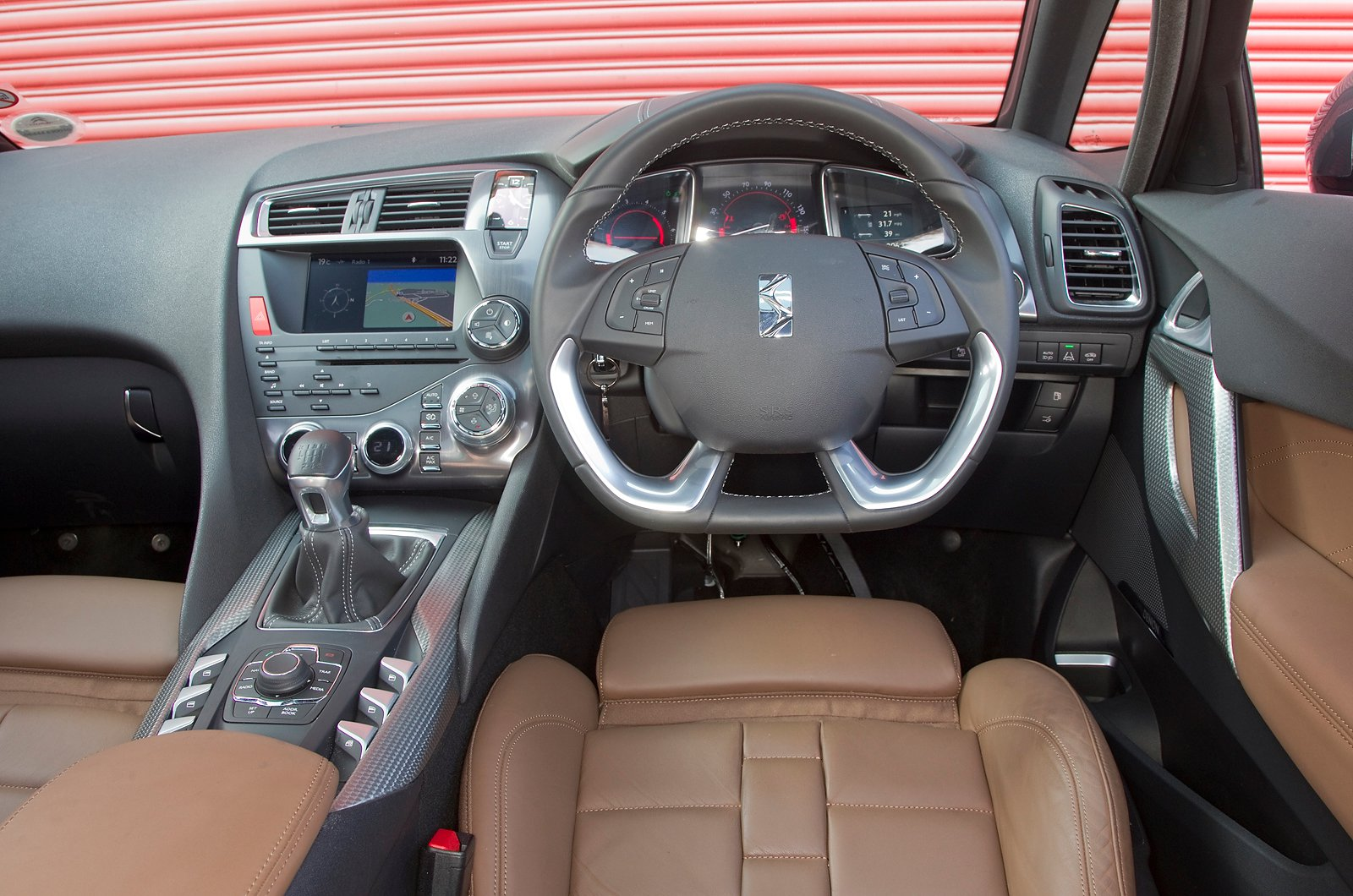 Citroen DS5 Hybrid4 - interior - interior