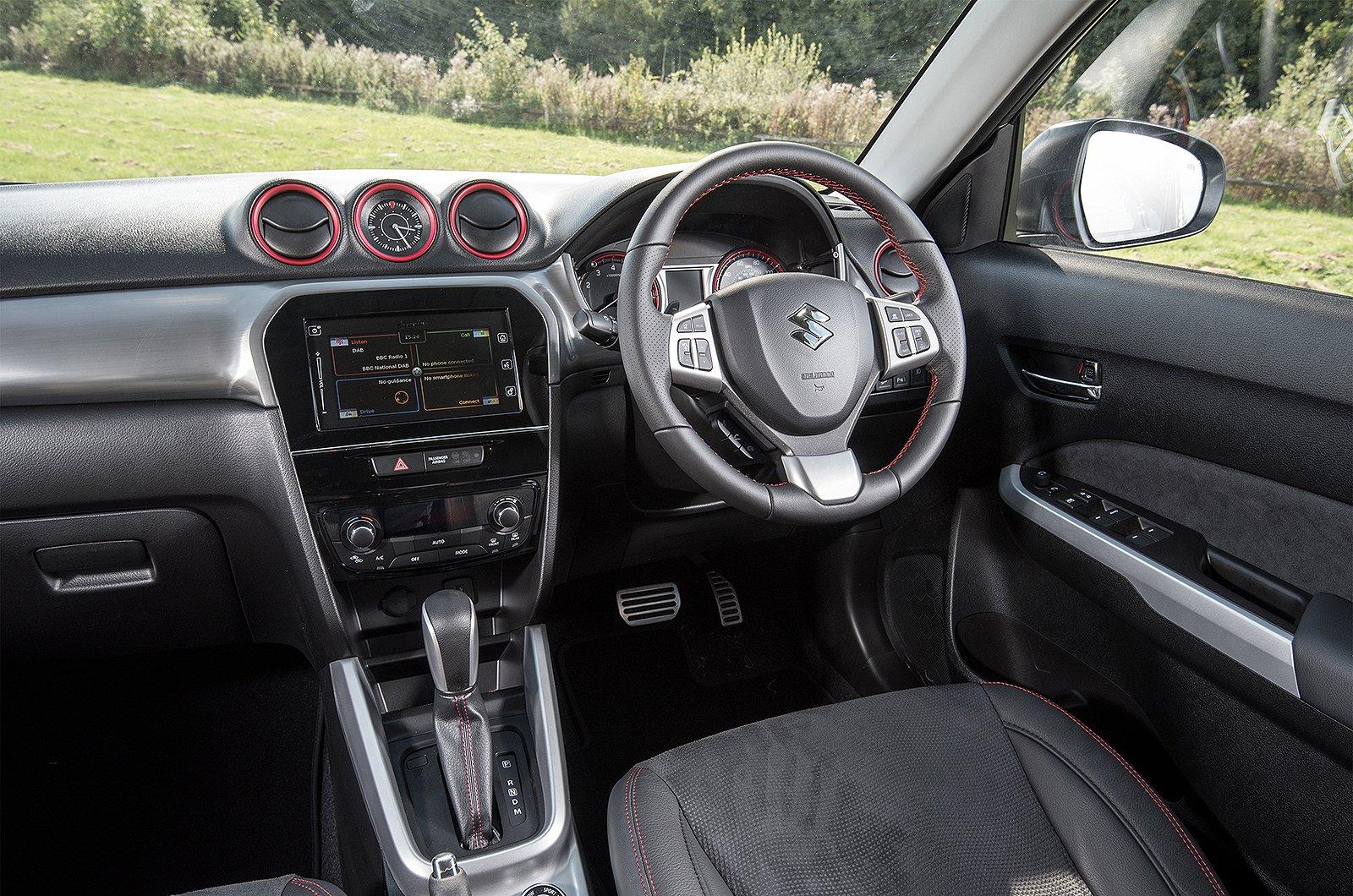 Suzuki Vitara 1.4 Boosterjet SZ5 Allgrip auto - interior