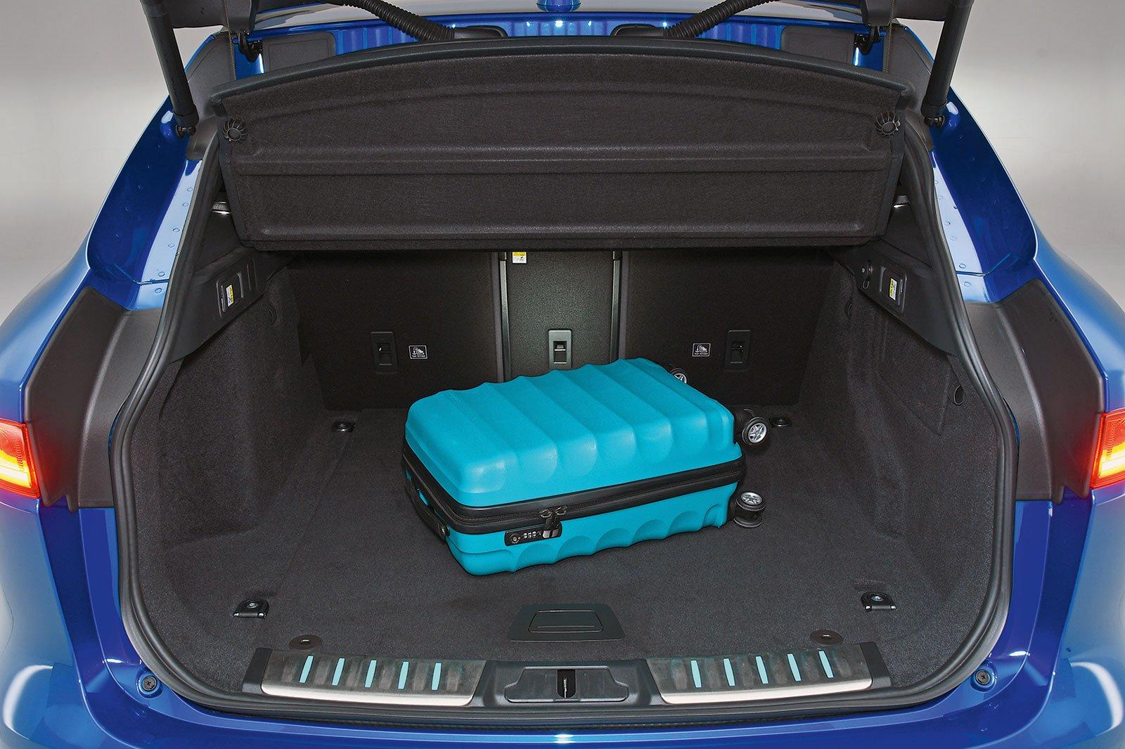 Jaguar F-Pace boot