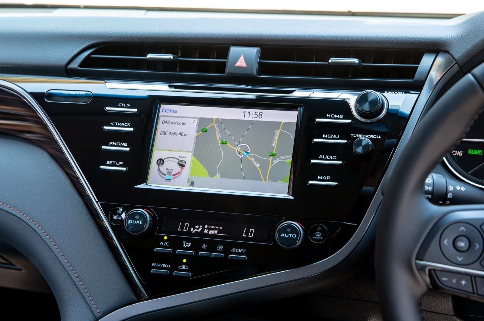 2019 Toyota Camry centre console