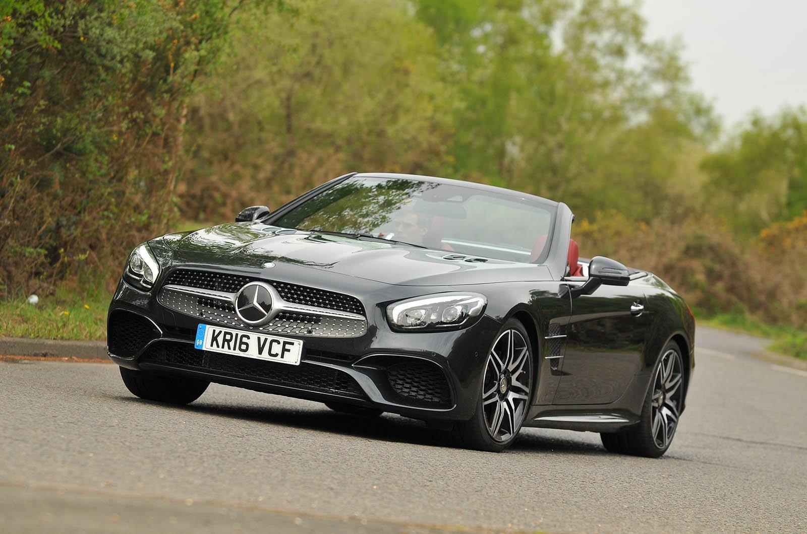 Mercedes-Benz SL 400 AMG Line Premium