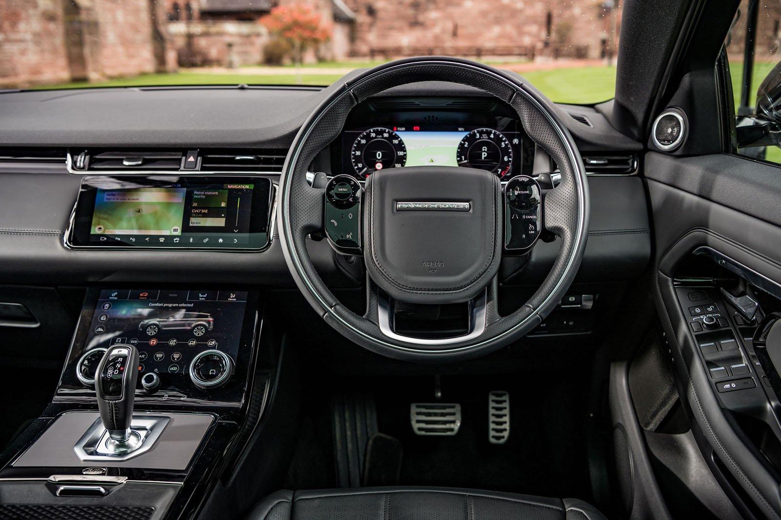 Range Rover Evoque 2.0 D150 2WD - interior
