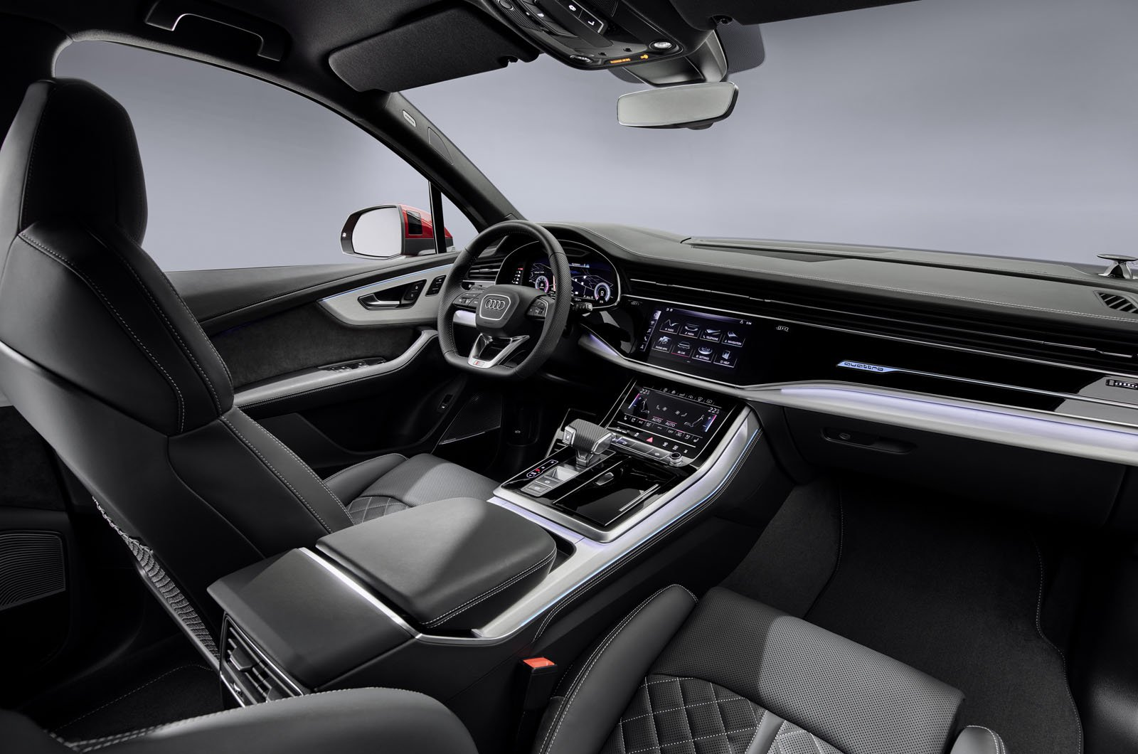2020 Audi Q7 dashboard