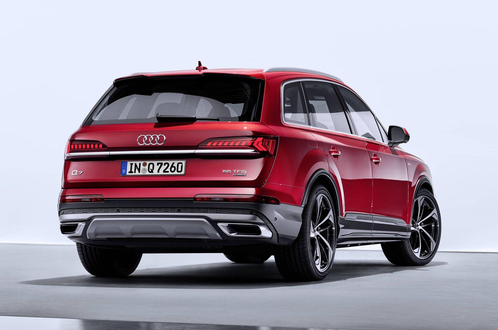 2020 Audi Q7 rear