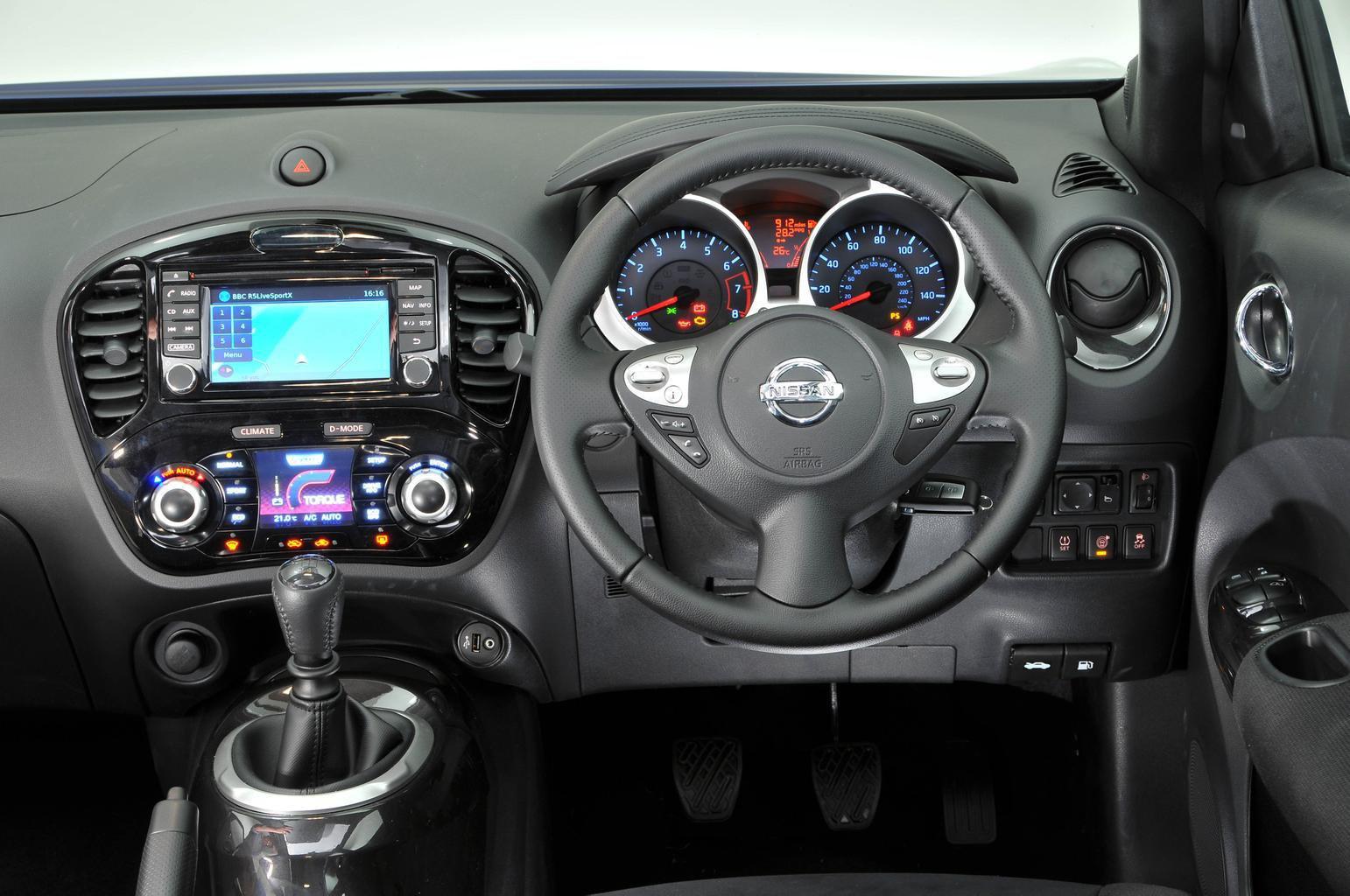 Nissan Juke 112 Ascenta - interior