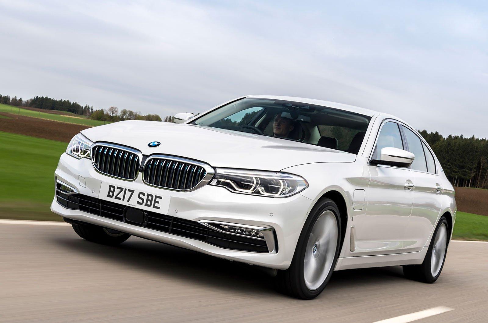 BMW 530e front