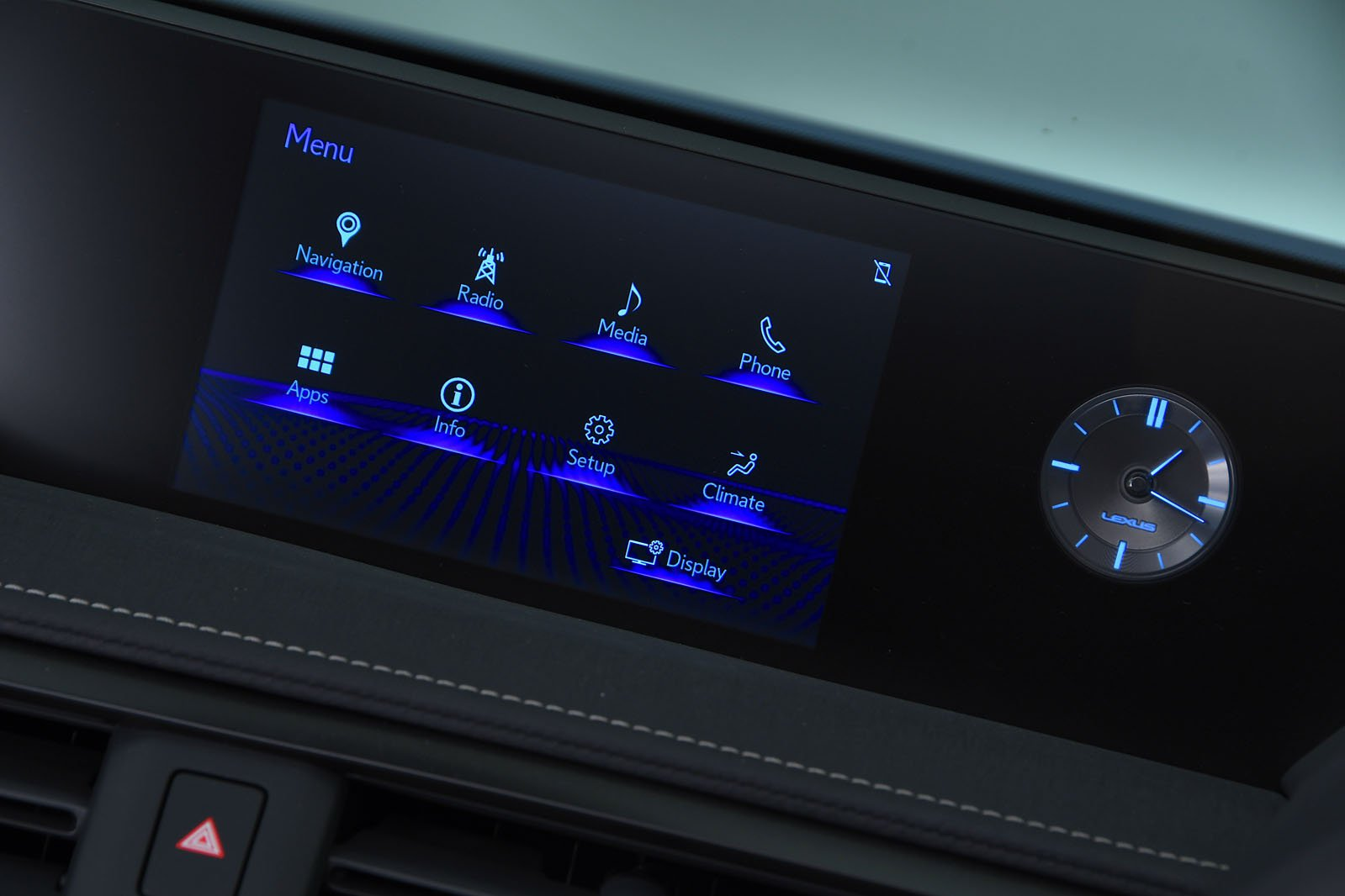 Lexus UX infotainment