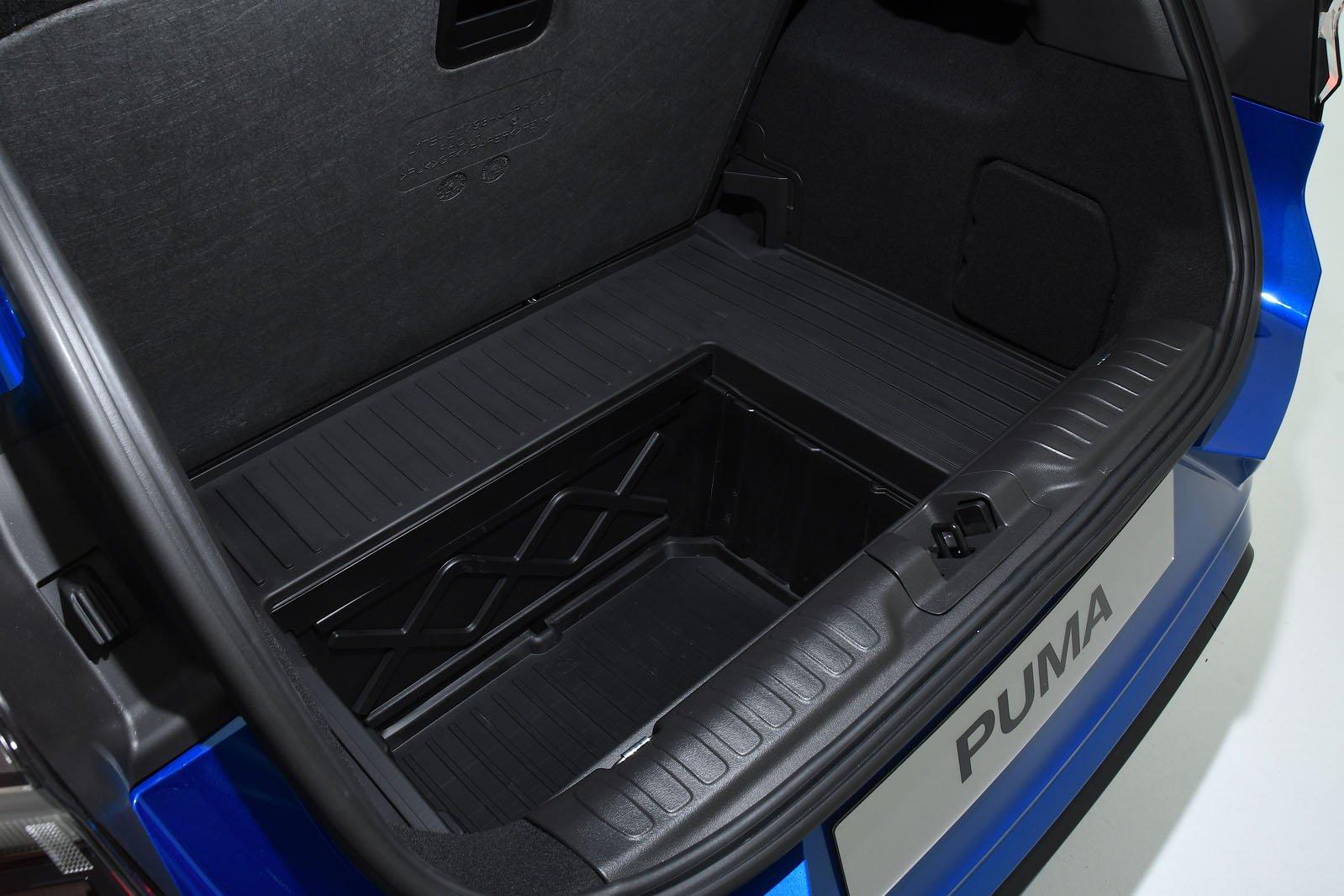 2019 Ford Puma boot