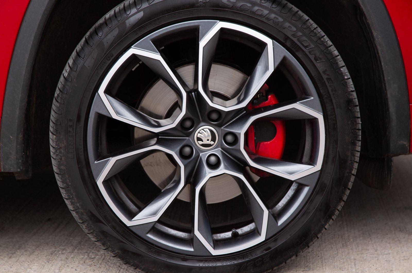 LT Skoda Kodiaq vRS alloy wheel