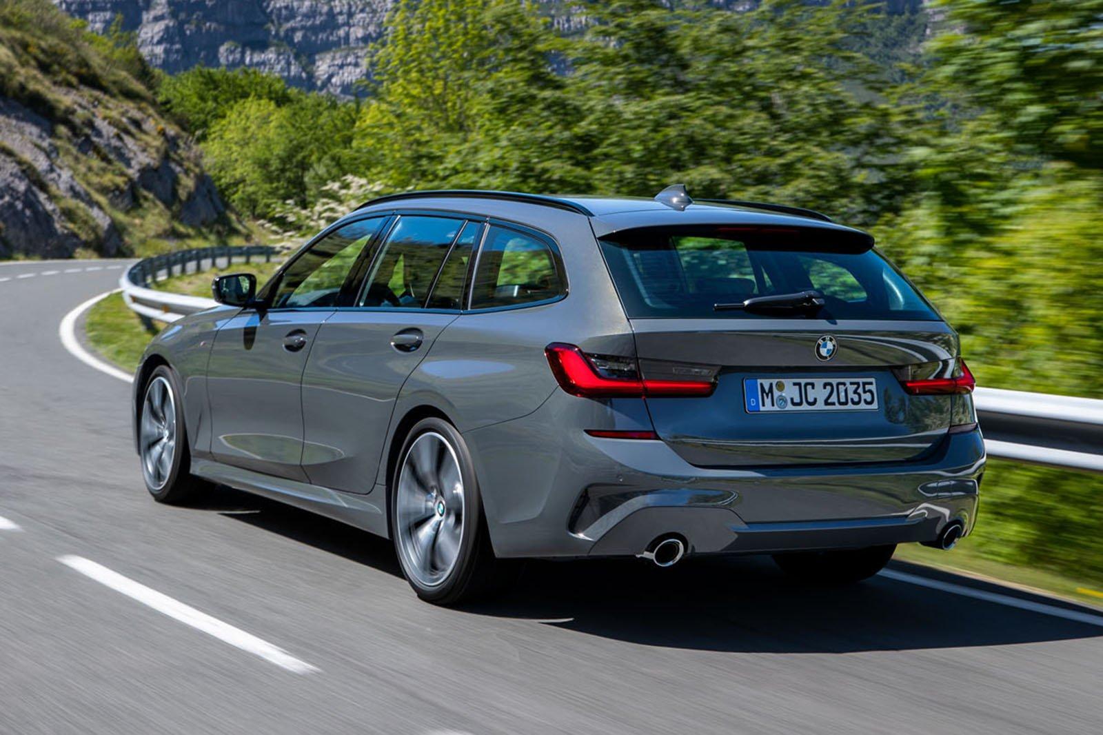 2019 BMW 3 Series Touring rear