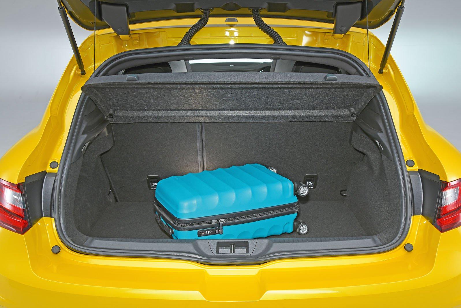 Renault Megane RS boot