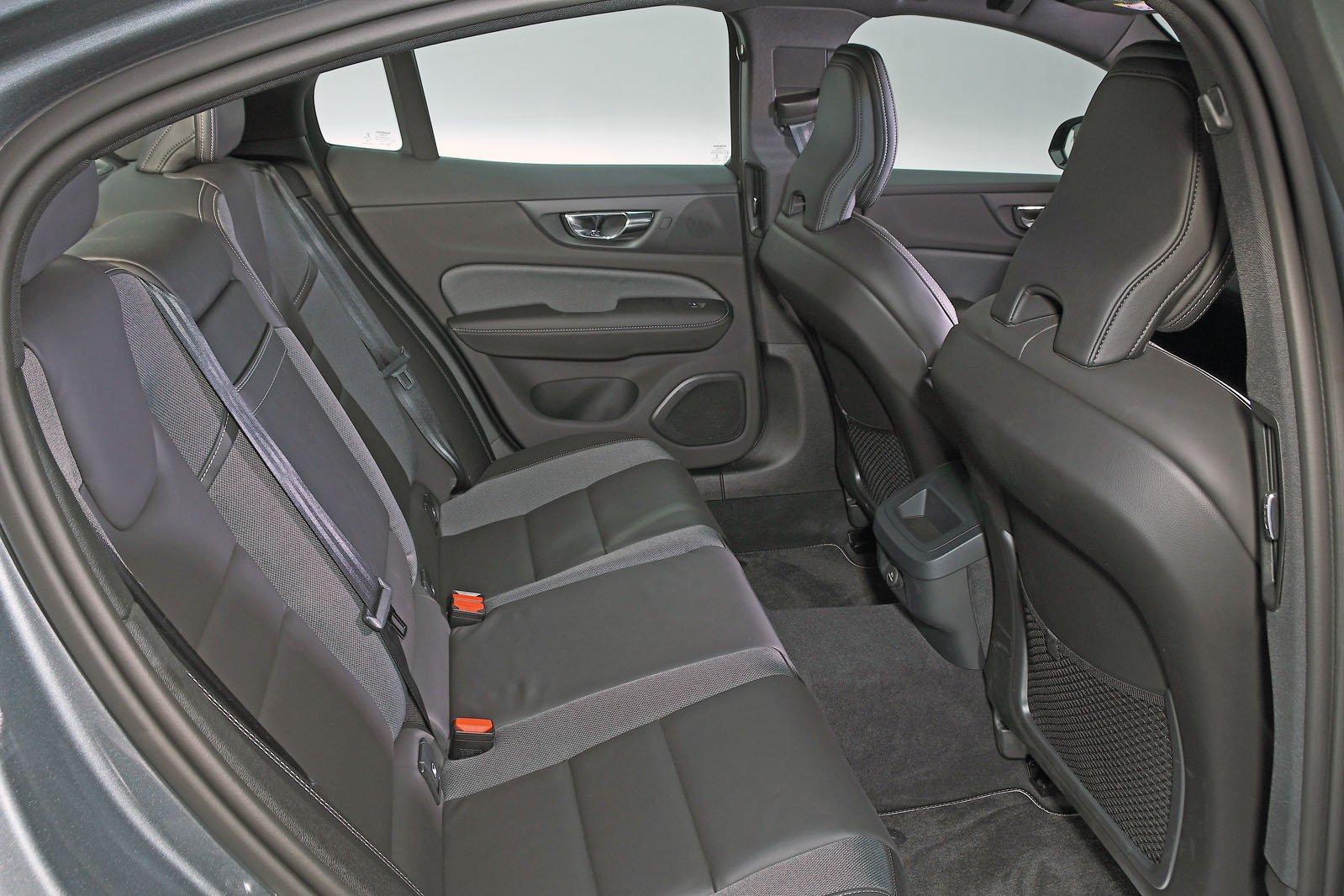 Volvo S60 rear seats