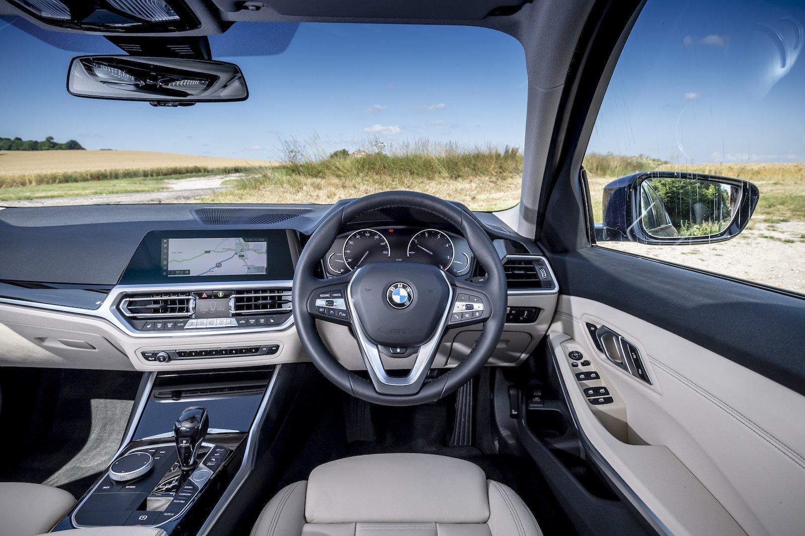 2019 bmw 3 series interior