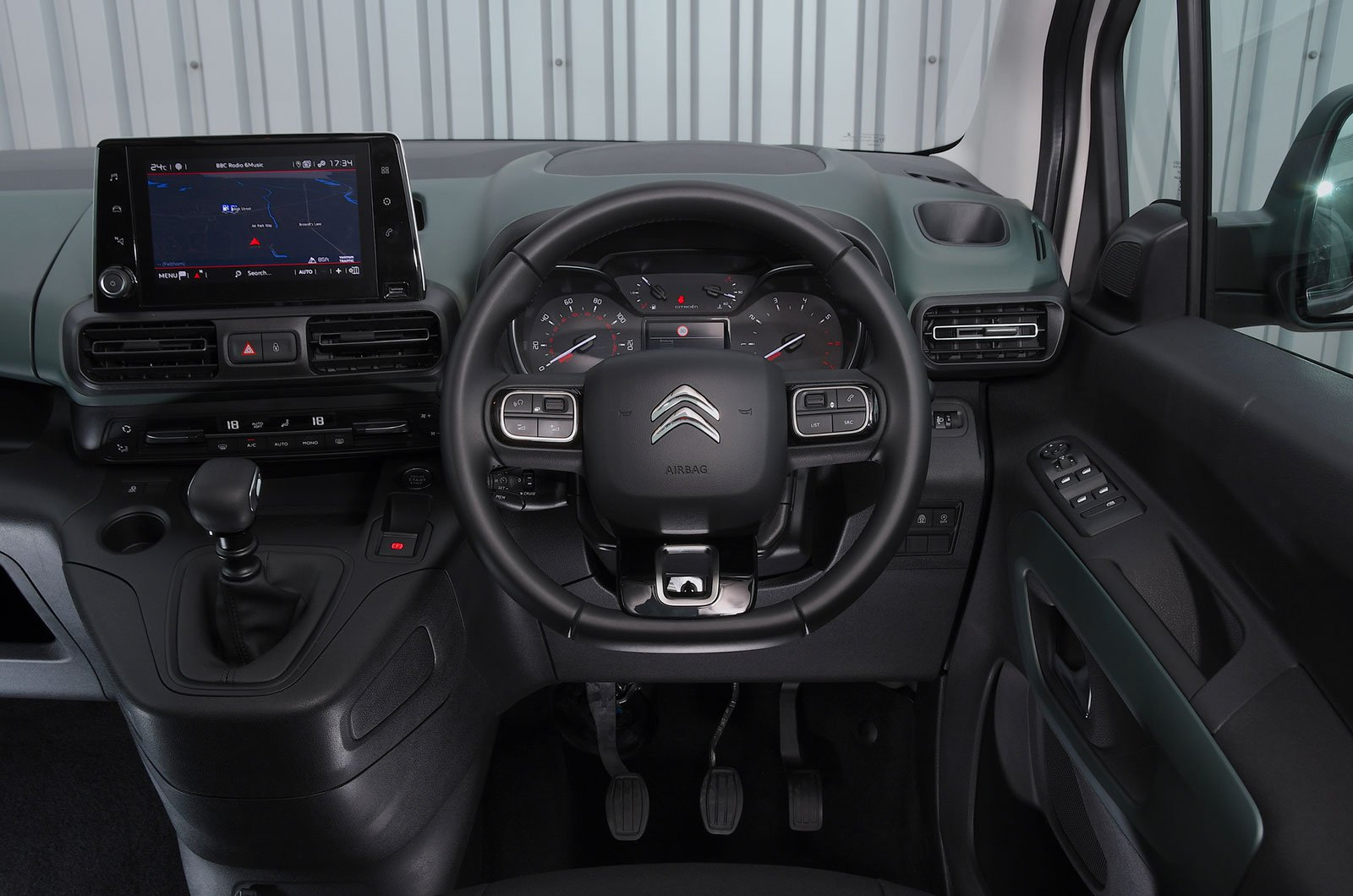 Citroën Berlingo 1.2 Puretech M Feel - interior