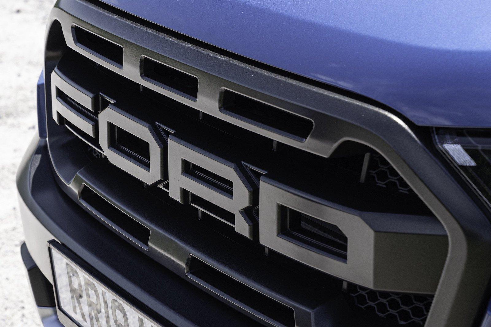 2019 Ford Ranger Raptor grille