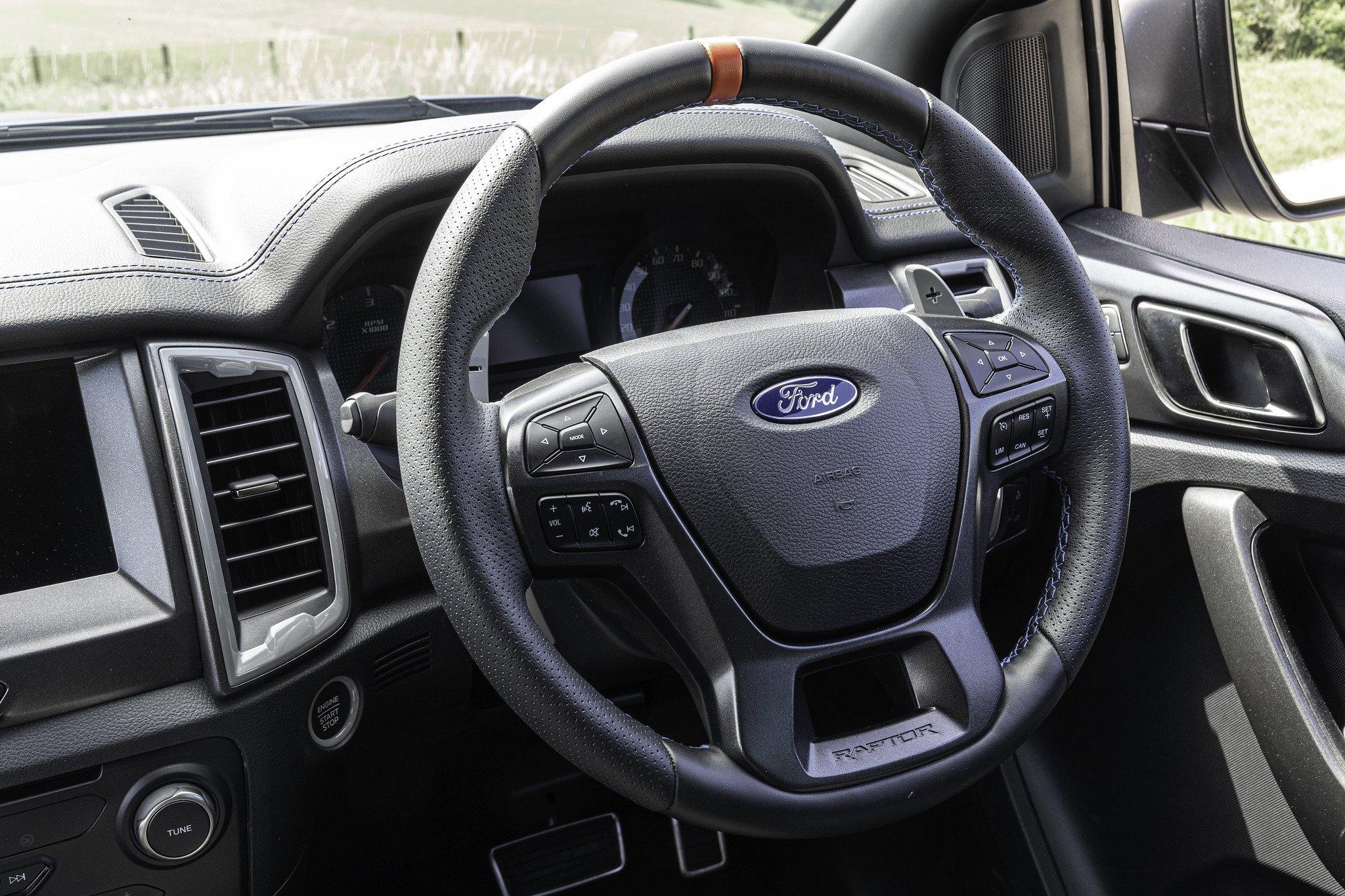 2019 Ford Ranger Raptor dash