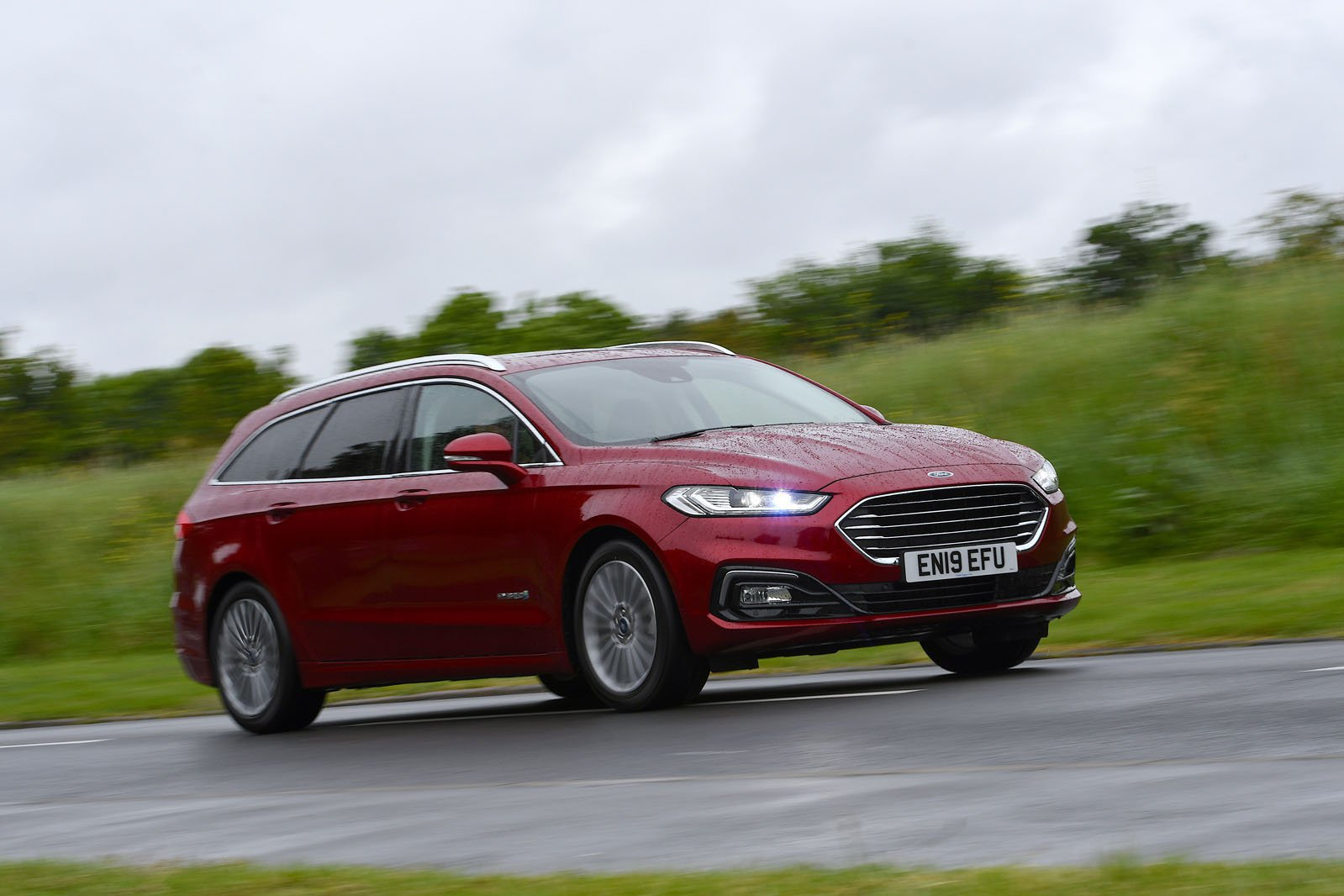 Ford Mondeo Estate 2.0 Hybrid Titanium Edition