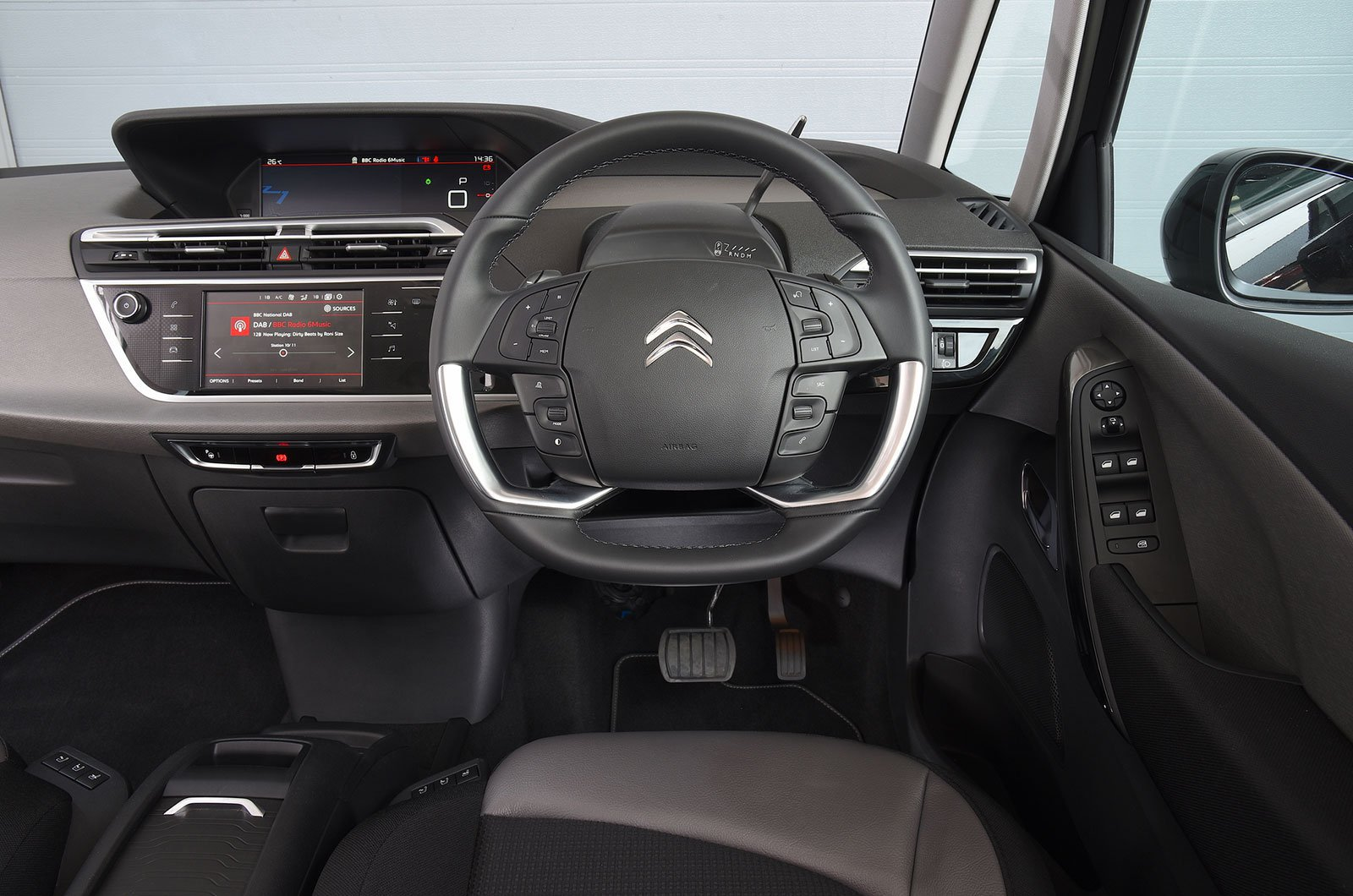 Citroën Grand C4 Spacetourer 1.2 Puretech 130 Touch Edition - interior