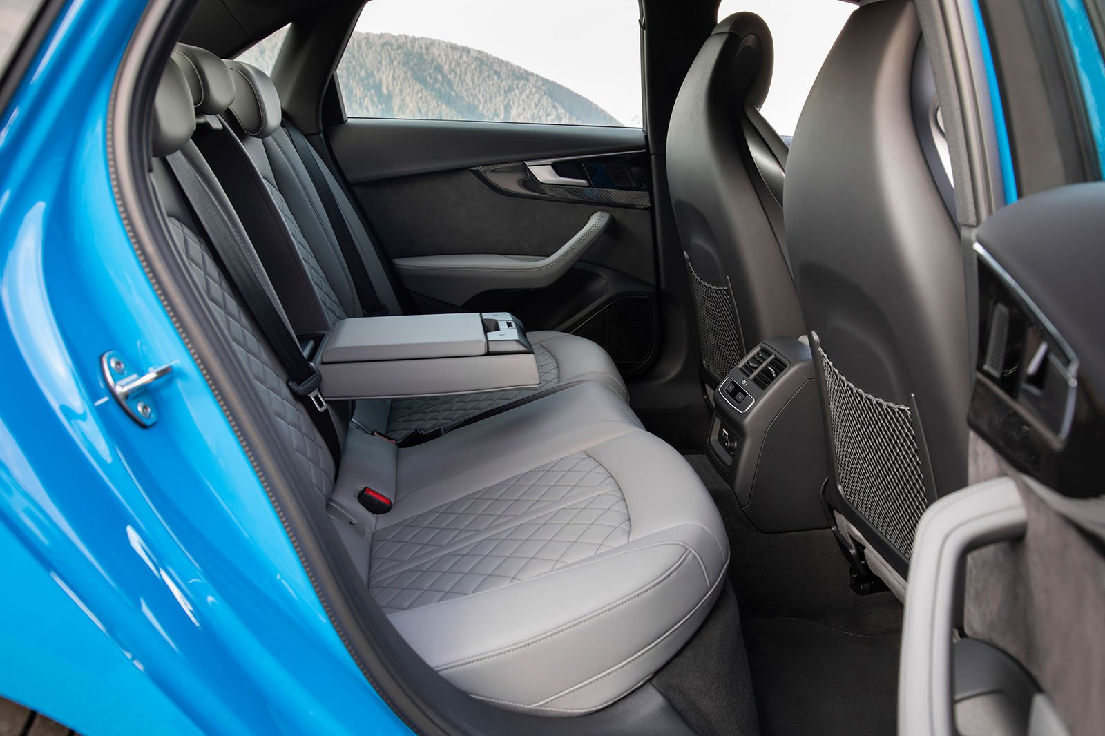 Audi S4 2019 LHD rear seats