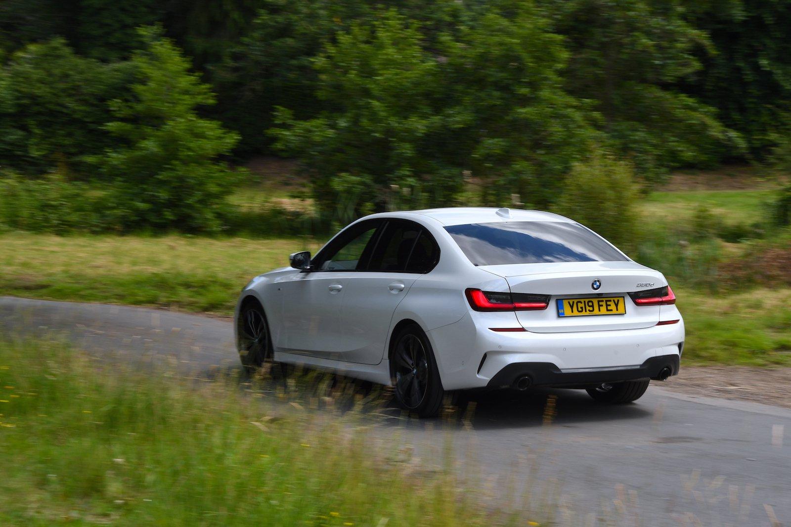 2019 BMW 330d rear