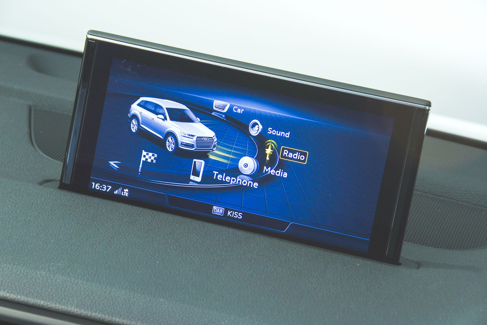 Audi Q7 infotainment