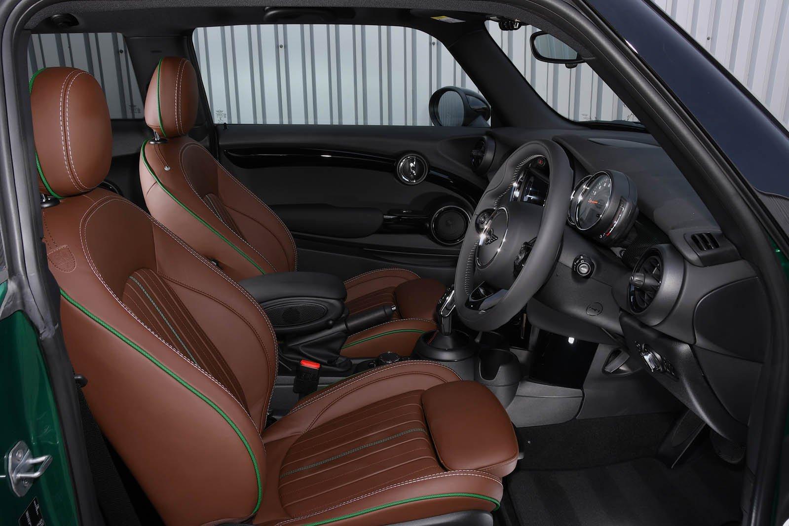 Mini Cooper S 60 Year Edition seats