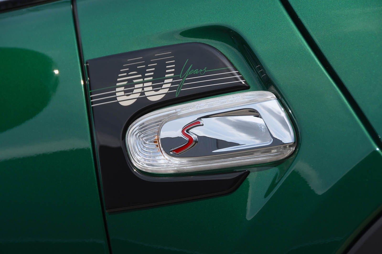 Mini Cooper S 60 Year emblem