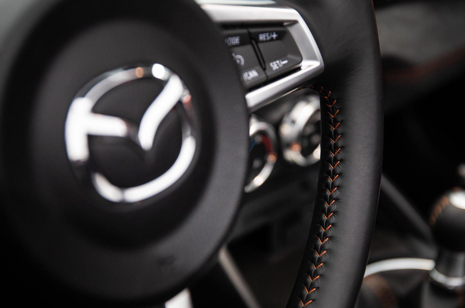 Mazda MX-5 30th Anniversary steering wheel