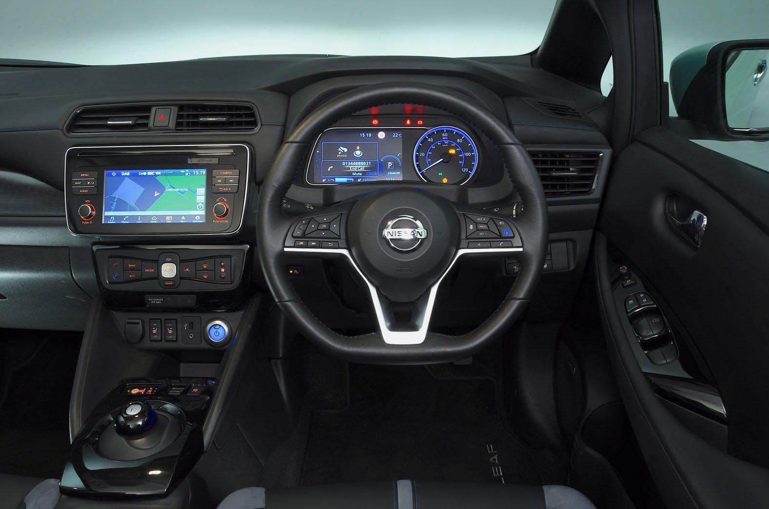 Nissan Leaf dashboard