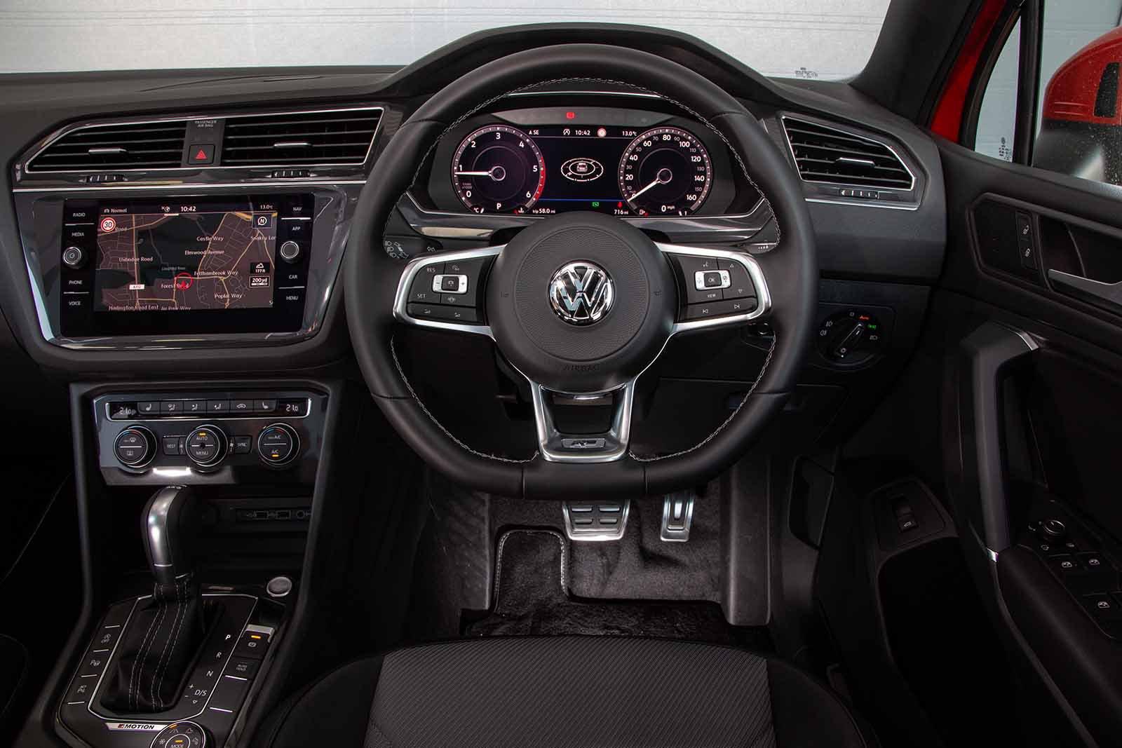 Volkswagen Tiguan Allspace - interior