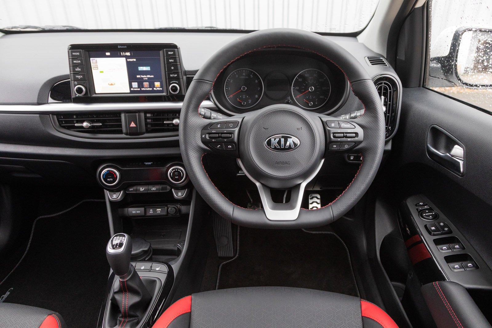 Kia Picanto 1.25 3 5dr auto - interior