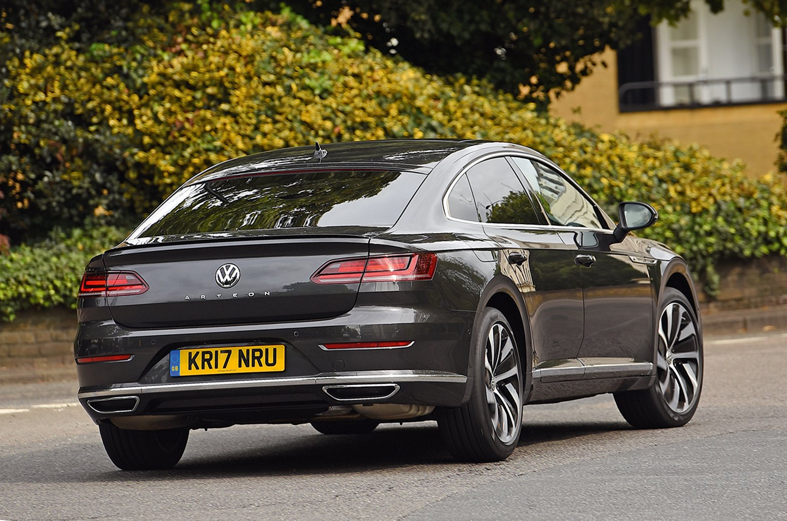 Used test: Jaguar XE vs Volkswagen Arteon
