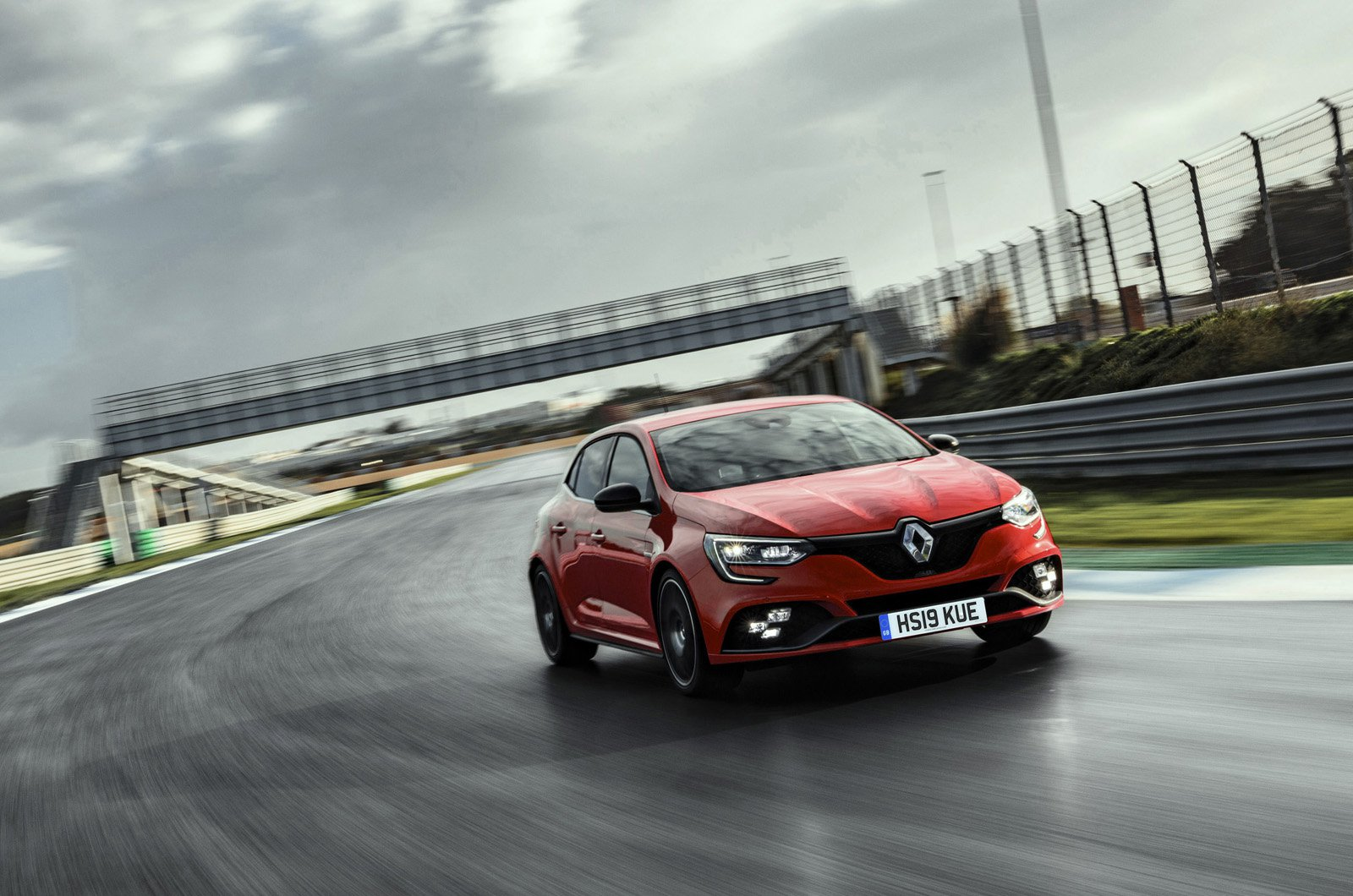 LT Renault Megane RS on race track - front